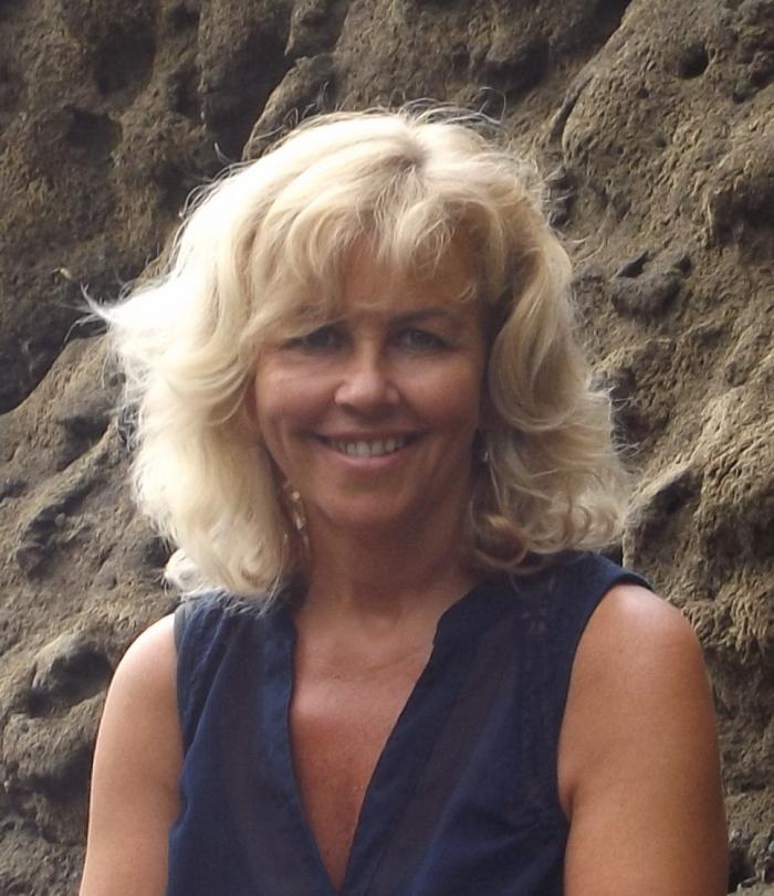 Dr. Gabrielle Kropp, ND